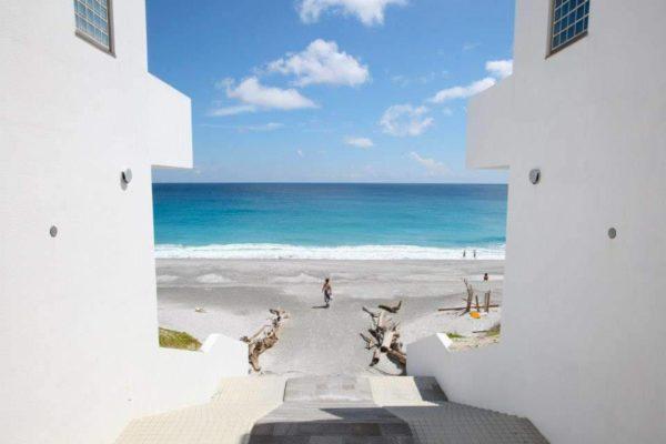 NIIJIMA ISLANDS/ラムネ色の海